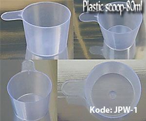 plastic-scoop11